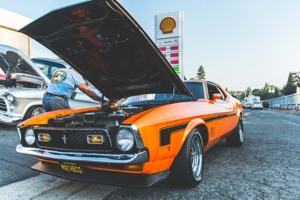 How to Purchase the Best Motor Oil for Your Car