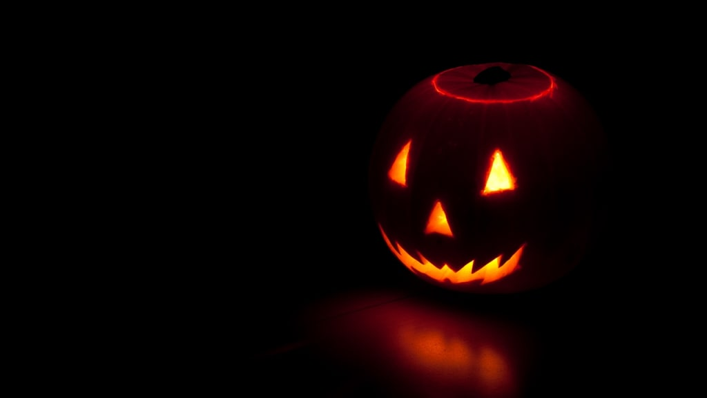 6 Things You Should Never Do on Halloween