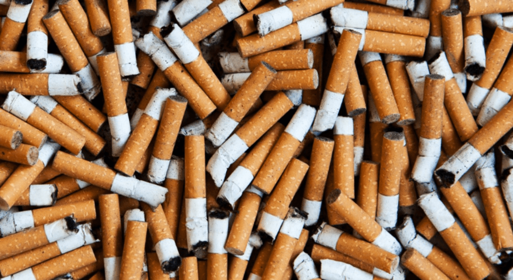 The Cons of Smoking Cigarettes for Smokers