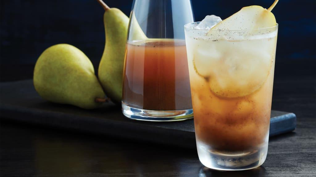 Harvest Time, Probiotic Style: Vanilla Pear Shrub