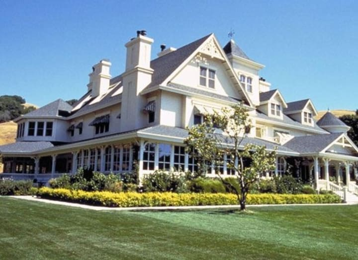 Top 50 Expensive Things Owned By Millionaire Hollywood Celebrity's