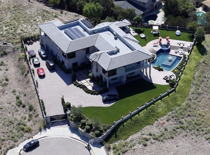 10 Expensive Things Owned By Millionaire Chris Brown