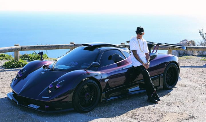 10 Expensive Things Owned By Lewis Hamilton