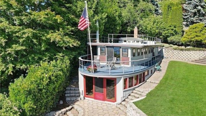 Top 15 Wierdest Homes For Sale In 2021
