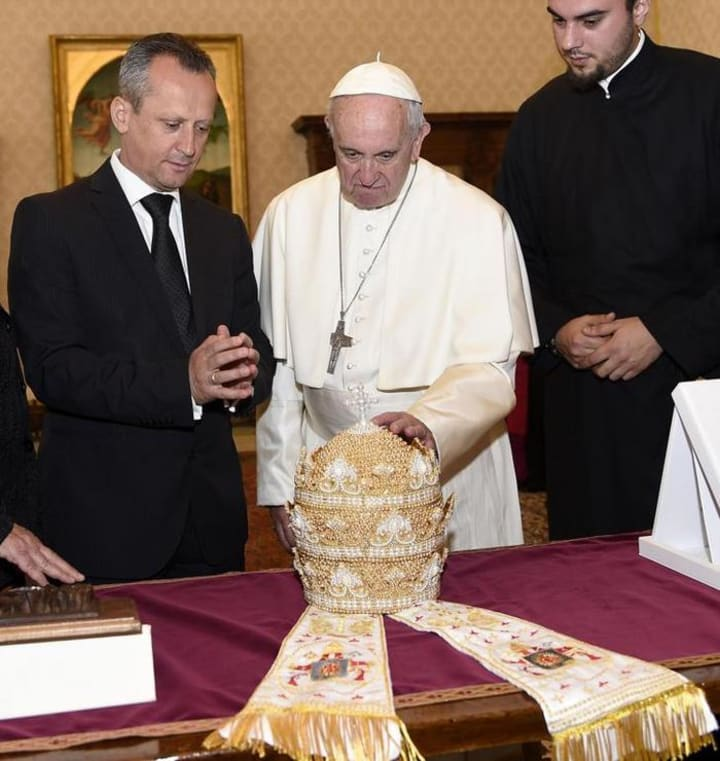10 Expensive Things Associated with the Pope