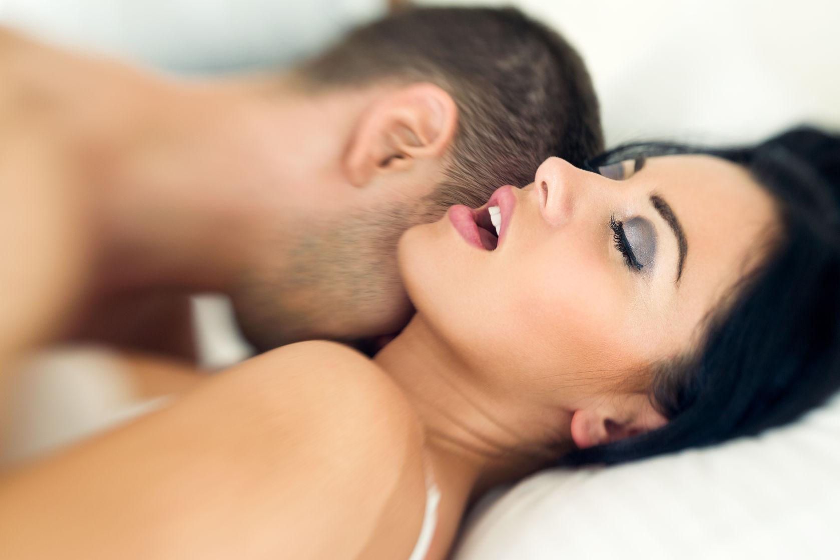 Sex why women scream during 12 Awkward