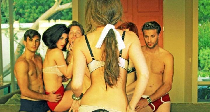 Brazil naked public girls photo