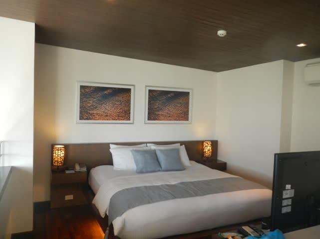Boracay Discovery Shores - Master Bed