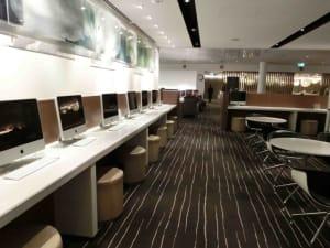 Qantas Lounge Computers