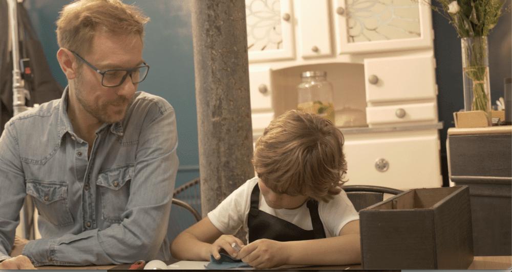 jeu-de-mains-Duo Adulte / Enfant : Découverte de la couture main à travers un adorable porte-carte