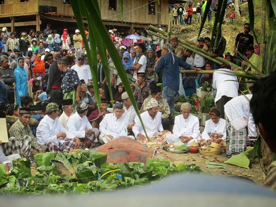Maccerang Manurung tradisi