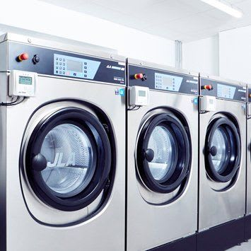 Industrial Washing Machines   Commercial Laundry Equipment