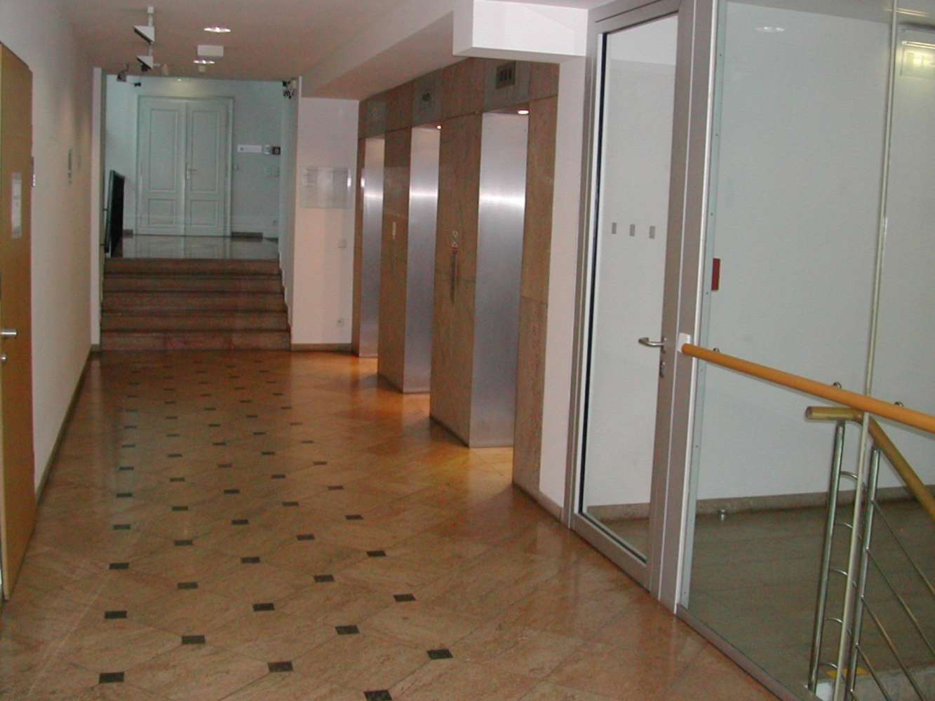 Offices Prague, 110 00 - VN 33