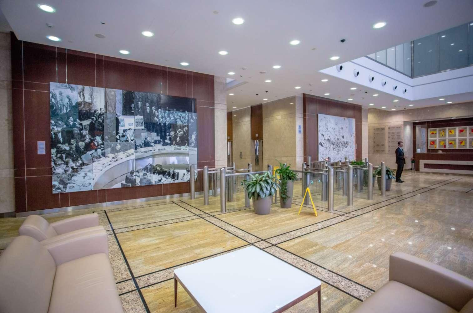 Гибкие пространства Москва,  - Meeting Point White Gardens