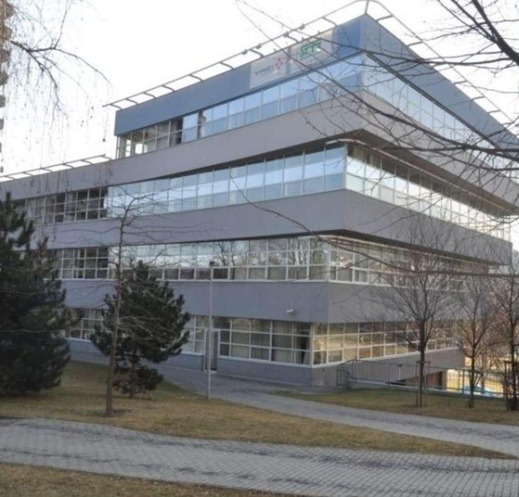 Offices Prague, 160 00 - Evropská 37