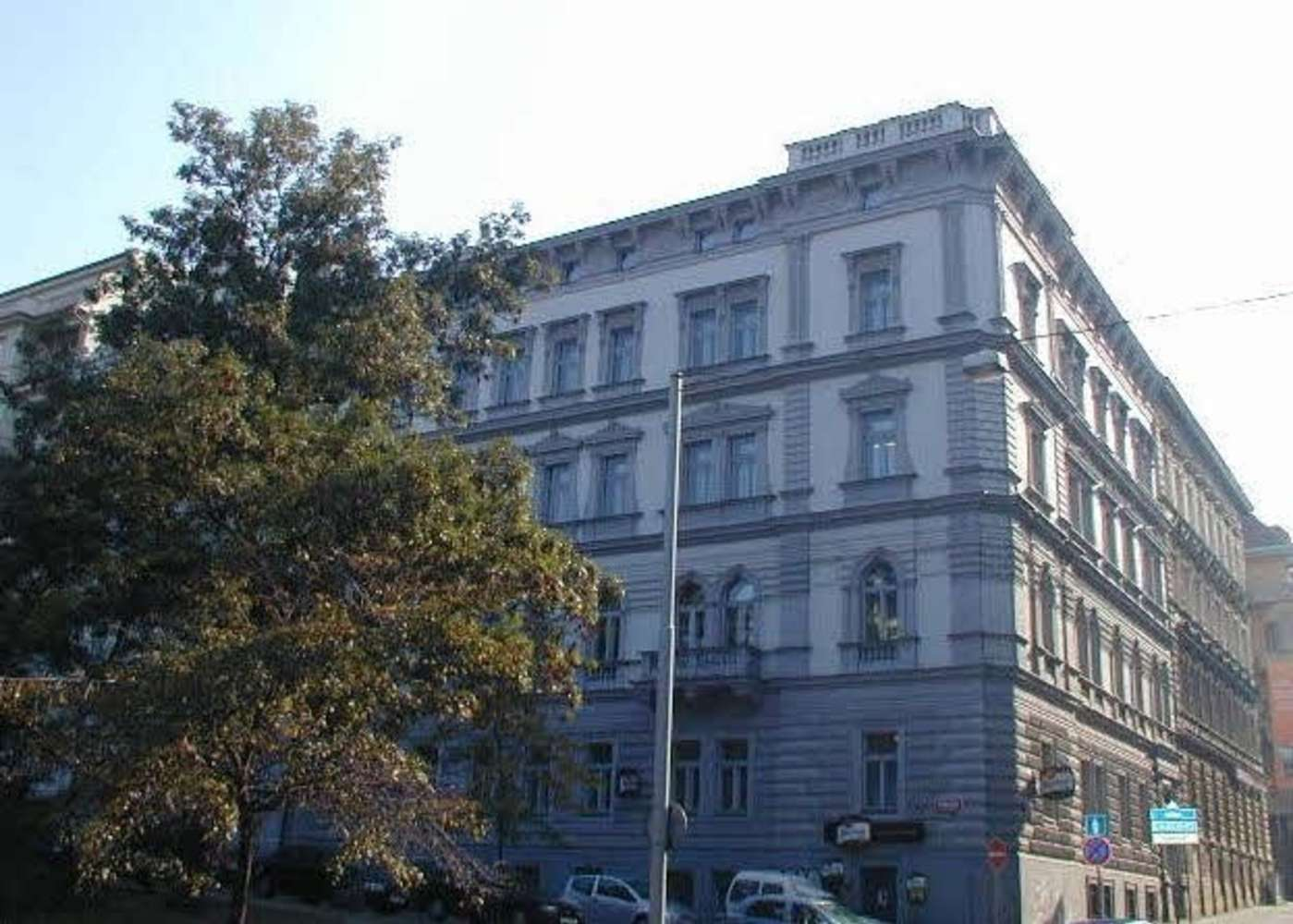 Kanceláře Praha, 110 00 - Mezibranská 4 - 3