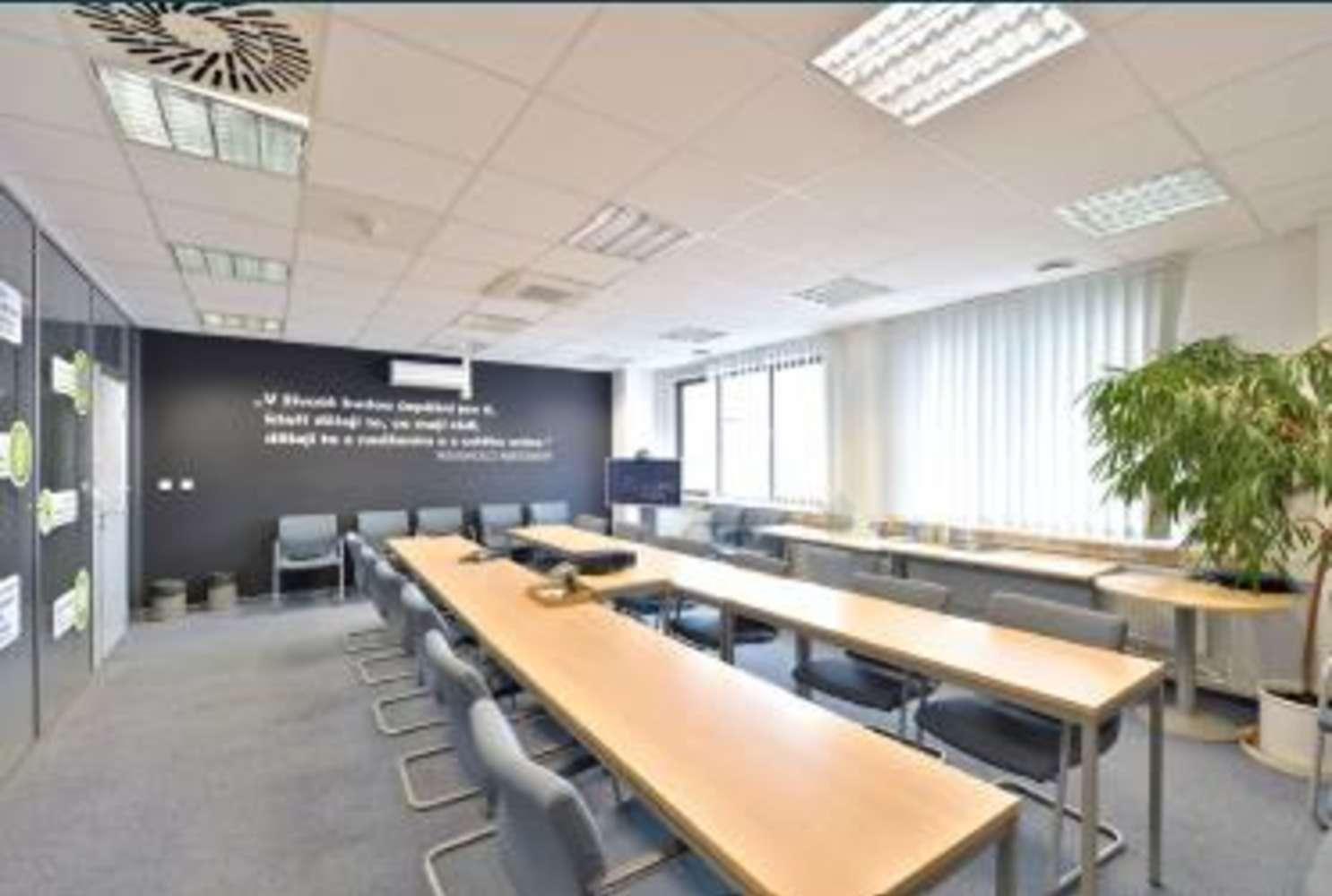 Kanceláře Praha, 148 00 - Hráského - 1