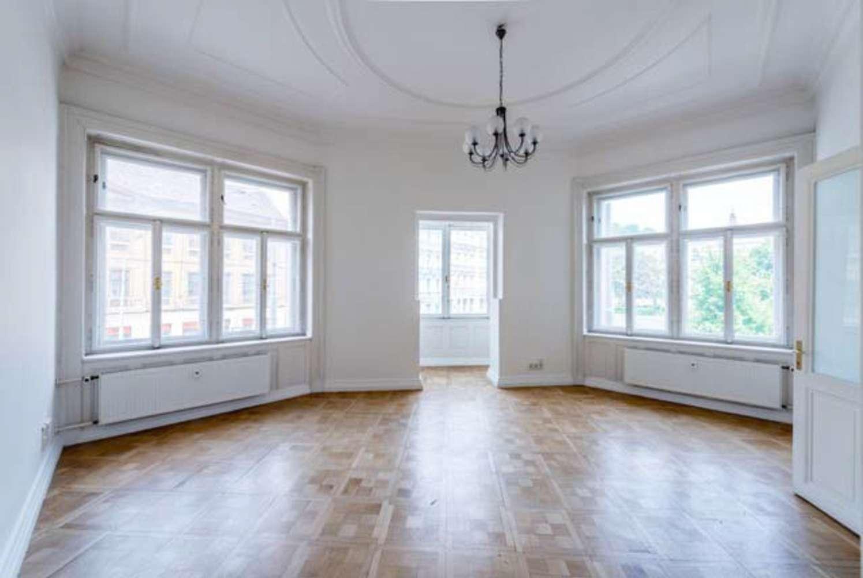 Kanceláře Praha, 150 00 - Náměstí Kinských 7 - 4