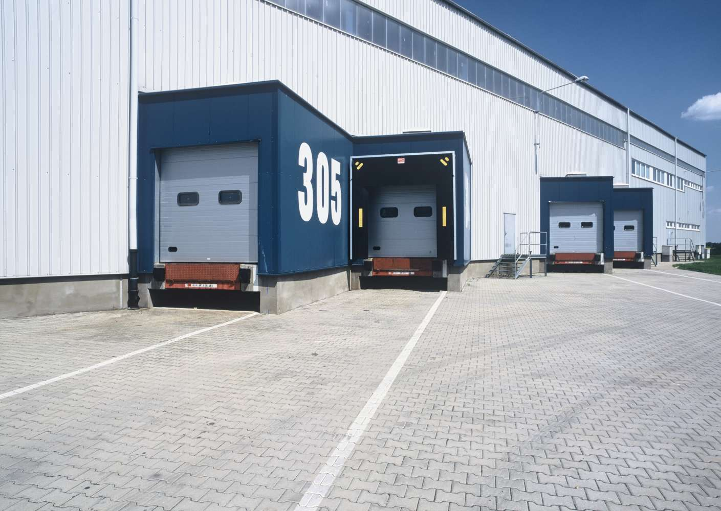 Industrial and logistics Knezeves,  - CTPark Prague Airport