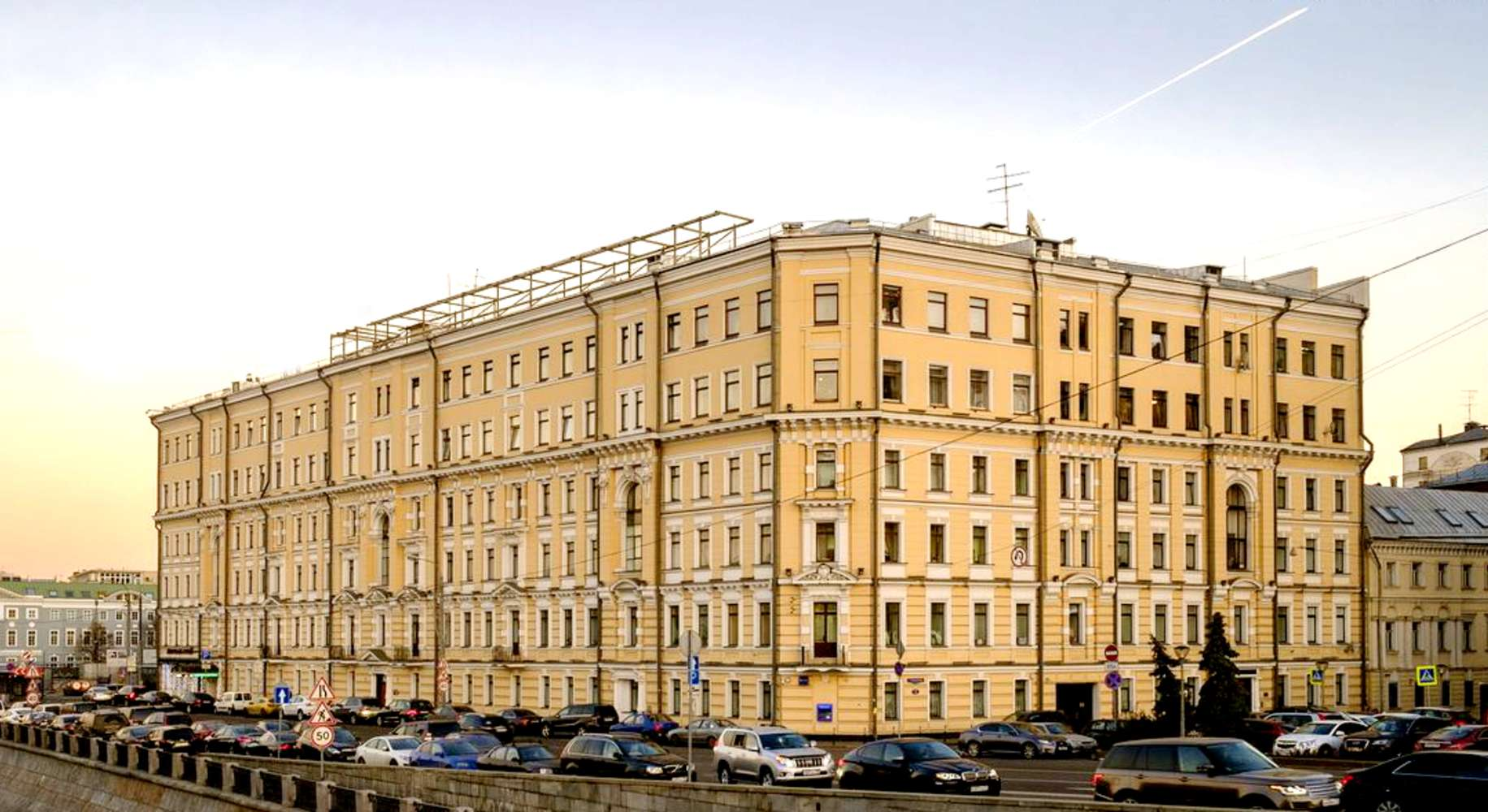 Офисная недвижимость Москва,  - Кадашевская наб. 6/1/2 стр. 1 - 5