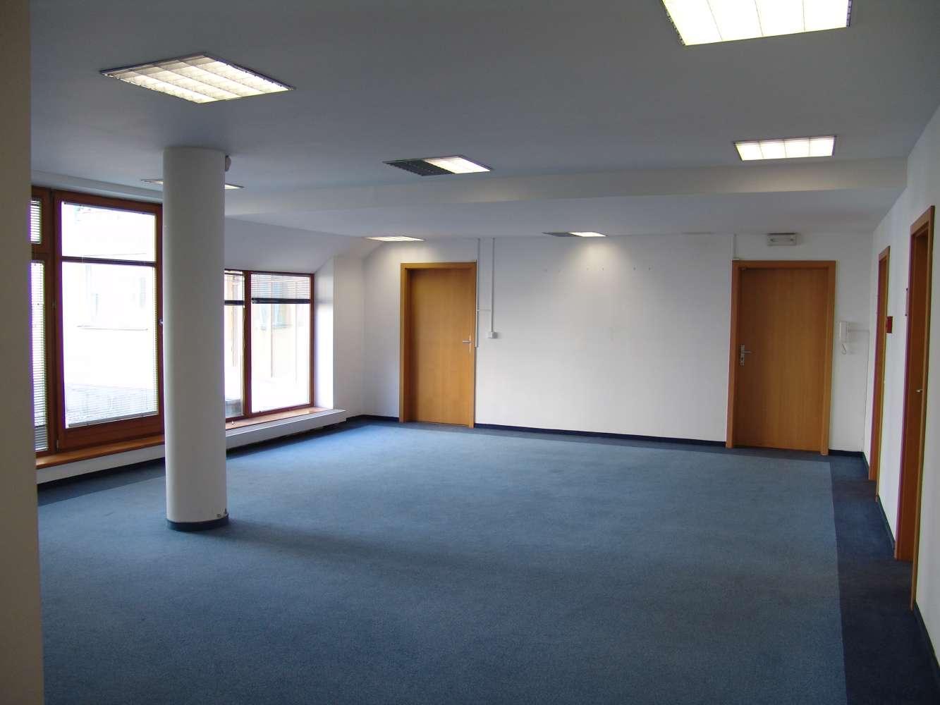 Kanceláře Praha, 130 00 - Agora Flora - 7
