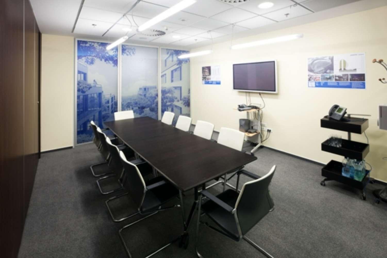 Kanceláře Praha, 130 00 - Luxembourg Plaza - 9