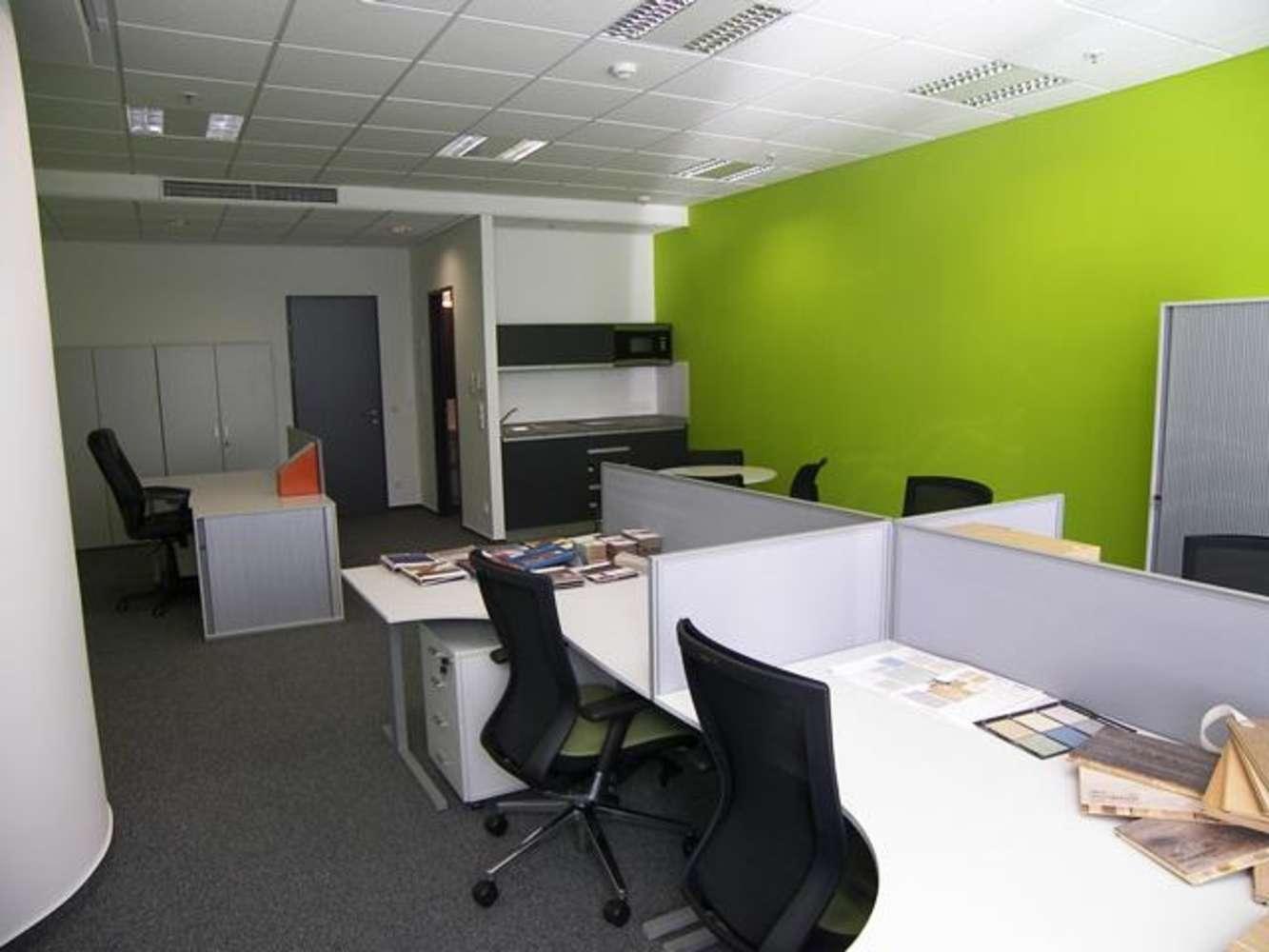 Offices Prague, 110 00 - VN 17 - 0