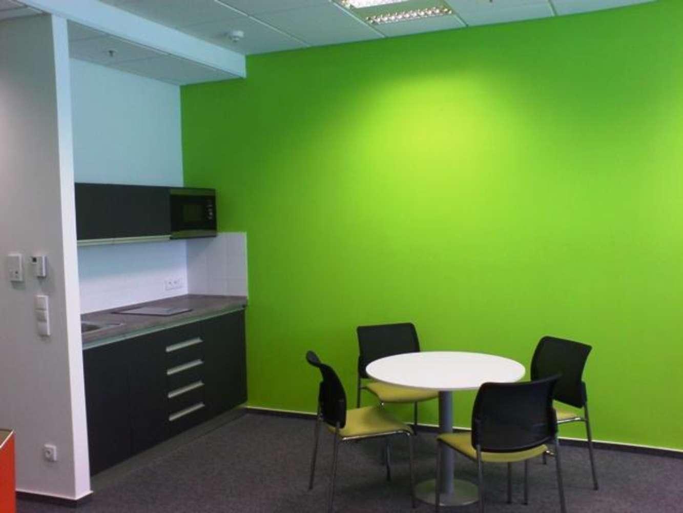 Offices Prague, 110 00 - VN 17 - 85