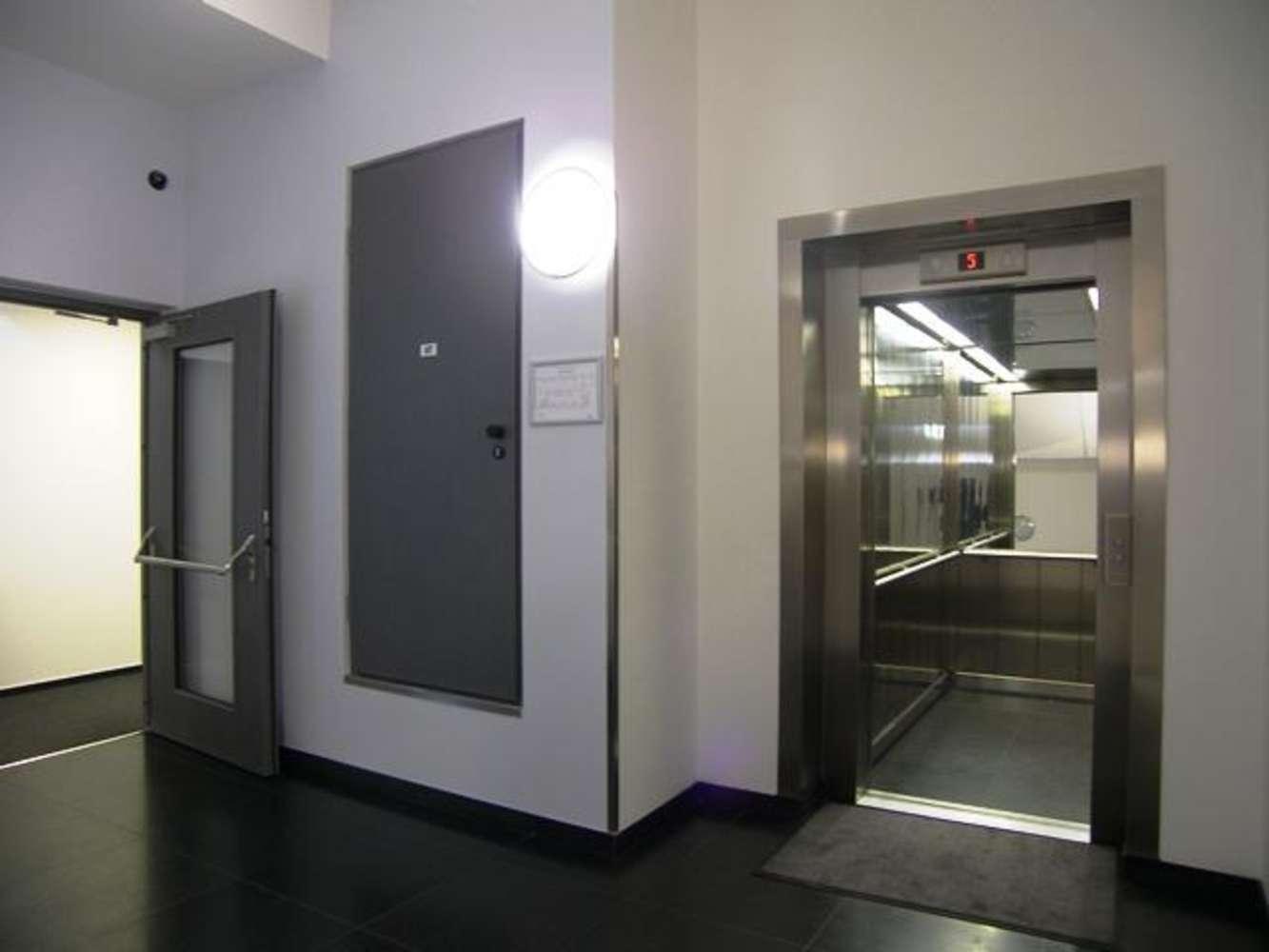 Offices Prague, 110 00 - VN 17 - 4