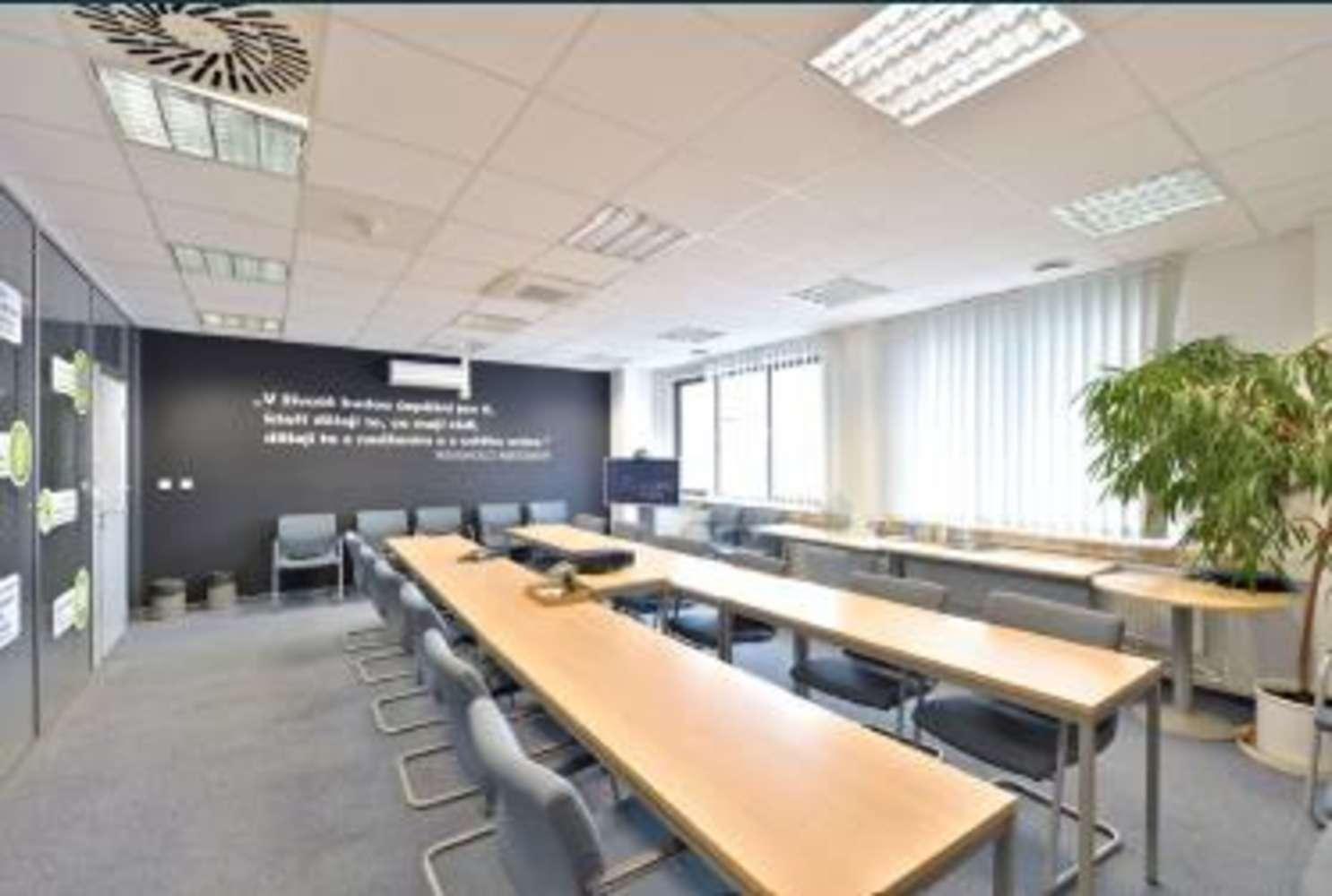 Offices Prague, 148 00 - Hráského - 1