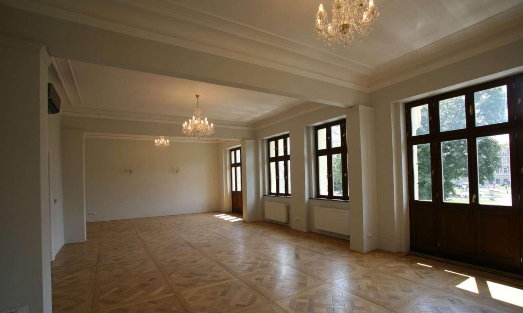 Kanceláře Praha, 150 00 - Náměstí Kinských 3 - 8