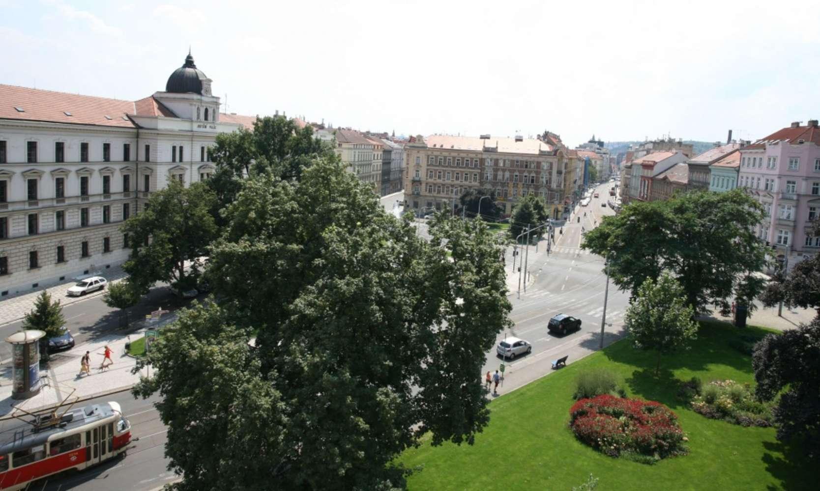 Kanceláře Praha, 150 00 - Náměstí Kinských 3 - 98