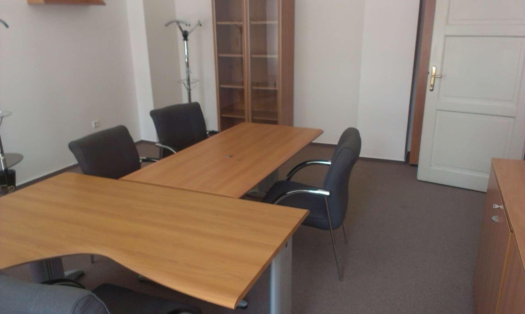 Offices Prague, 110 00 - Celetná 25 - 95