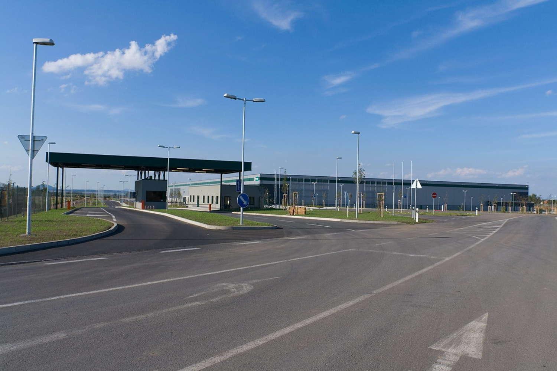Průmyslové nemovitosti Uzice,  - Prologis Park Úžice - 213006527427322