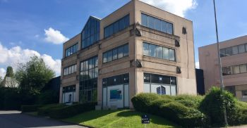 Industrial & Logistics for sale Berchem Sainte Agathe