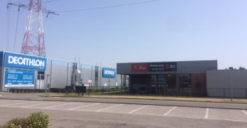 Retail to let Schelle