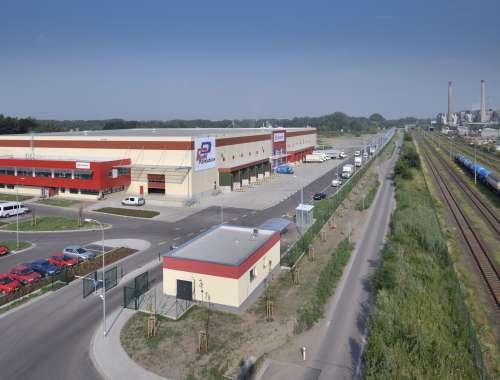 Průmyslové nemovitosti Pardubice - semtin,  - Logistické centrum Zelená Louka - 164419971355777