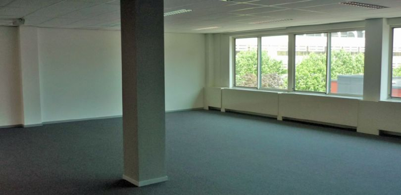 Office to let Evere