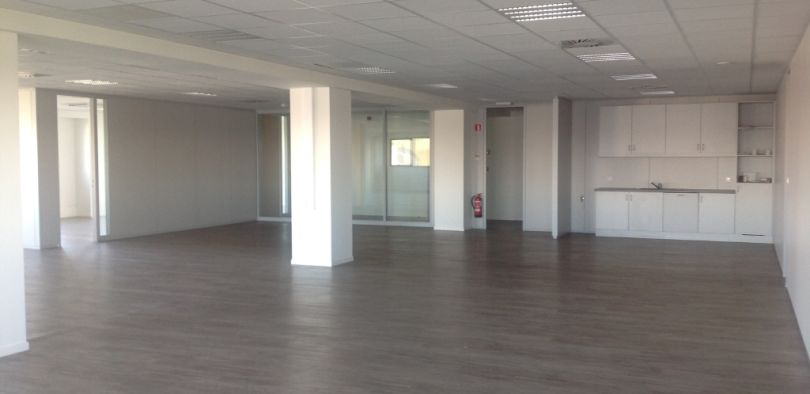 Office to let Desteldonk