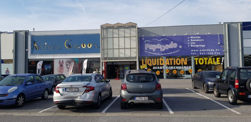 Retail to let La Louvière