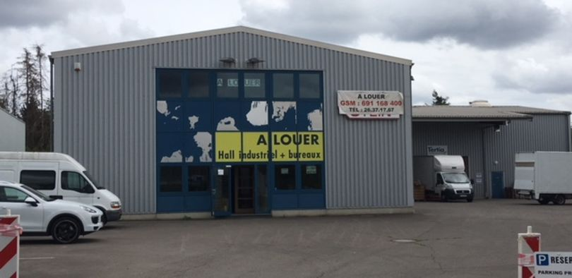 Retail to let Contern