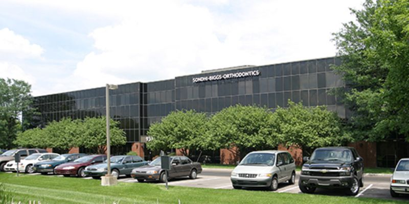Meridian North Shopping Center, Indianapolis, JLL PowerSearch