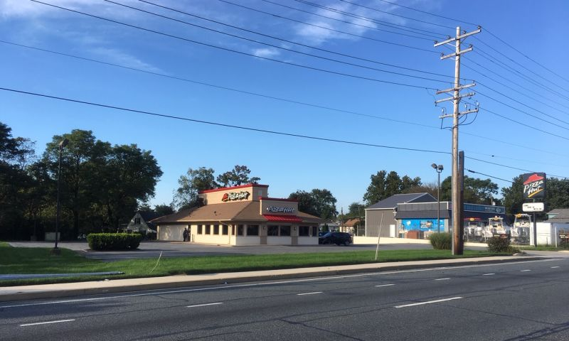 Pizzza Hut - Essex, Middle River, JLL PowerSearch