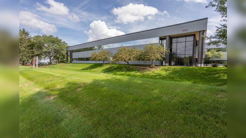 Westown Gateway I - Office - Lease
