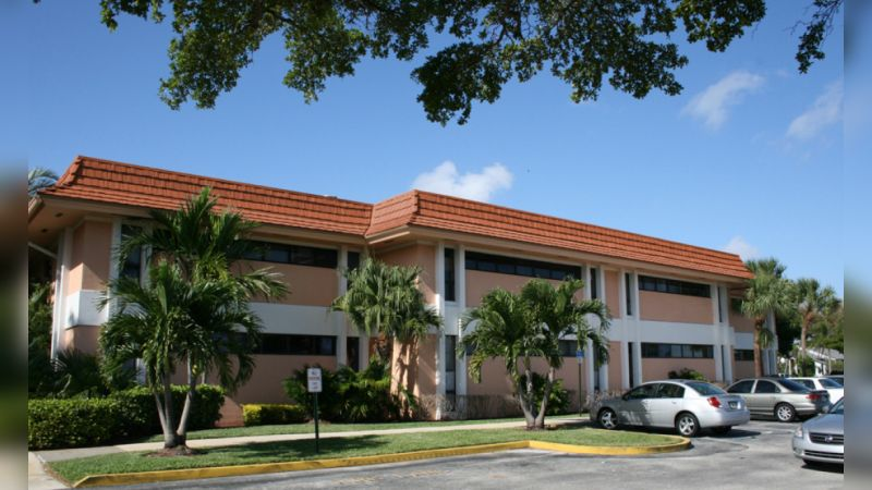 1325 S Congress Avenue - Office - Lease