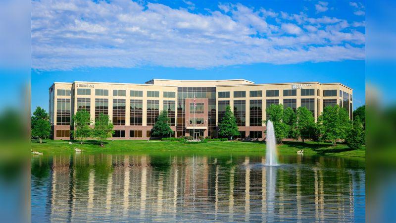 301 Penn on Pkwy - Office - Lease