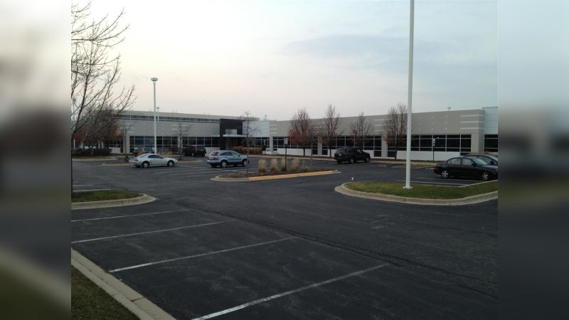 915 Parkway Corporate Place - Office - Lease