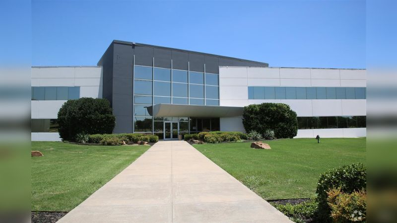 Texas Crossing - Office - Lease