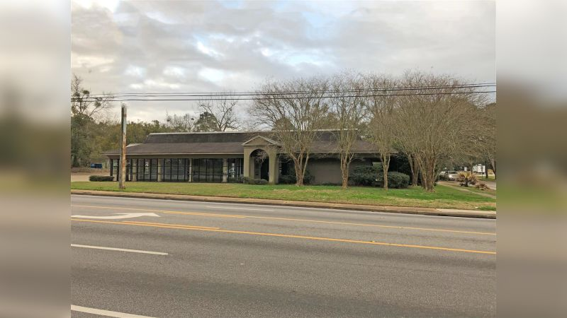 2375 Airport Blvd - Retail - Lease