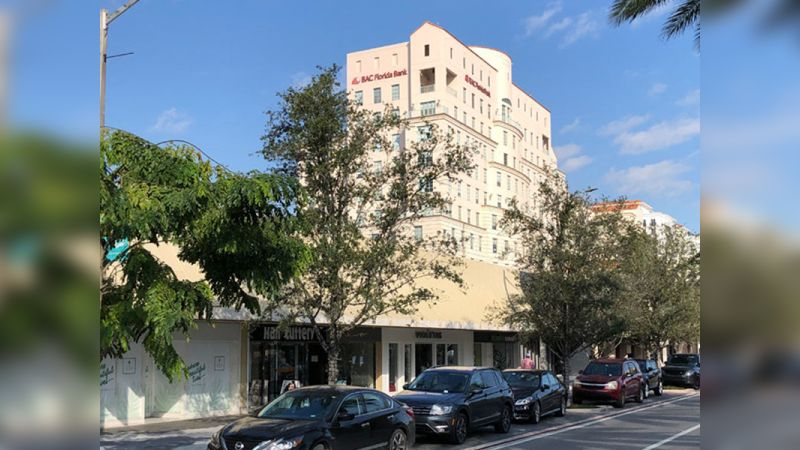 219 - 225 Miracle Mile - Retail - Lease